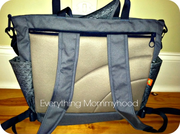 okiedog sumo diaper bag and wildpack review giveaway. Black Bedroom Furniture Sets. Home Design Ideas